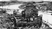 Hiroshima, au lendemain de l'explosion nucléaire d'août 1945. 75 ans après la première bombe atomique, la course à l'armement nucléaire est loin d'être enterrée.