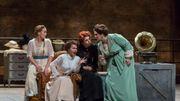 """Julie Fuchs, Aleksandra Kurzak, Varduhi Abrahamyan et Julie Pastouraud dans """"Falstaff"""" de Verdi, m e s de Dominique Pitoiset."""