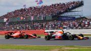 """Verstappen remporte le prix FIA de """"l'Action de l'année"""", Albon et Lauda honorés"""