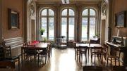 La salle à manger, ornée de scènes de chasse dans sa décoration