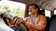 Un taximan indien récompensé pour n'avoir pas klaxonné depuis 18 ans !