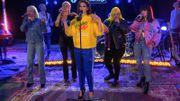 Pour un live en télé, Dua Lipa a invité Charli XCX, MØ, Zara Larsson et Alma