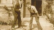 Bourvil jeune (à droite)