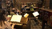 Au chant, Laurence Renson et Nathalie Gilly , accompagnées par Bernard Woltèche (violoncelle), Louise Moreau(violon Alto), Aliénor Woltèche (violon), Delphine Gros(violon) et Malaika Colard (orgues).