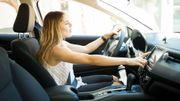 Écouter de la musique au volant pourrait diminuer le stress provoqué par les embouteillages