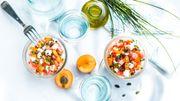 Recette : tartare d'abricots au chèvre et pastèque à l'huile d'olive et olives maturées