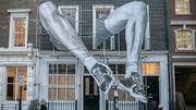 Le street artiste français JR exposé à Londres