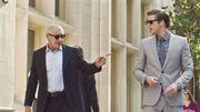 """Vidéo : Liam Hemsworth traqué par Harrison Ford et Gary Oldman dans """"Paranoia"""""""