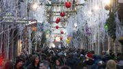 Un an après l'attentat, les touristes étrangers au marché de Noël de Strasbourg