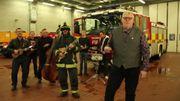 La friteuse est en feu dans une parodie de Kings of Leon par des pompiers anglais