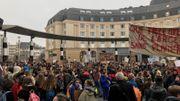 Sur le parvis de la Gare Centrale, les jeunes étaient présents et motivés dès 10h