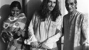 George Harrisson en 1972 avec le maître de Sitar Ravi Sandar, à Calcutta en 1972