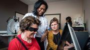 Un oeil bionique, implanté au CHU de Gand, permet à une patiente aveugle de recouvrer la vue