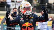 F1France : Verstappen dépasse Hamilton à deux tours de la fin et remporte la course