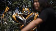 """Chine : un artiste crée des """"Transformers"""" plus vrais que nature"""