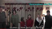 Meilleure activité de confinement: une famille britannique reprend des tubes des années 80 à la sauce covid