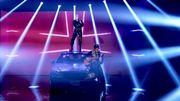 Live TV sur une voiture pour le nouveau Mark Ronson avec Miley Cyrus