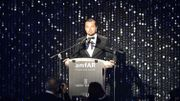 Leonardo DiCaprio et des jurés de Cannes au gala de l'amfAR contre le sida