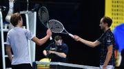 Masters: Medvedev à nouveau maître de Zverev