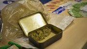 Ne faut-il plus strictement interdire la drogue?
