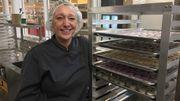 La Belge Sophie Boullard vit au Québec. Cette entrepreneure produit des macarons, elle a beaucoup de succès mais craint que la pénurie de main d'œuvre n'affecte son développement.