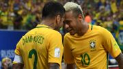 Neymar perd le brassard de capitaine du Brésil au profit de ... Dani Alves