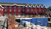 L'hôtel toujours en chantier compte 26 chambres avec vue sur le bassin des plus grandes otaries du monde.