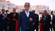 Andrea Bocelli inaugure le pont du Rialto à Venise après restauration