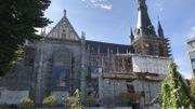 La cathédrale Saint-Paul ceinturée par des échafaudages