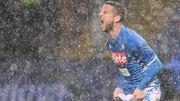 Naples sauvé des eaux au Genoa, un bel assist de Dries Mertens