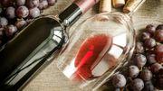 Certains grands vins français vont être transformés en alcool à désinfecter