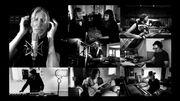 """Roger Waters interprète des titres de """"The Wall"""" de chez lui"""
