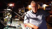 Au Spirit of 66, Francis Geron n'hésite à gérer le son lui-même .