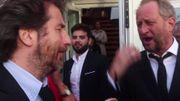Très drôle: Edouard Baer félicite Benoît Poelvoorde comme s'il était François Damiens