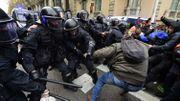 Crise en Catalogne: manifestations houleuses à Barcelone après l'arrestation de Puigdemont