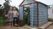 DIY : Une serre entièrement recyclée!
