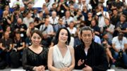 Naomi Kawase entourée des acteurs de son film, Ayame Misaki et Masatoshi Nagase