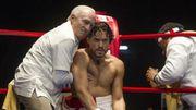 """Cannes rend hommage à Robert De Niro avec une projection spéciale de """"Hands of Stone"""""""