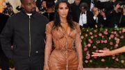 "Critiquée au Japon, Kim Kardashian débaptise sa gamme de lingerie ""Kimono"""