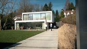Nouvelle maison contemporaine et compacte à toiture plate