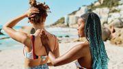 Augmentation des cancers de la peau : au soleil mais en se protégeant, avertissent les dermatos