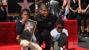 Usher reçoit la 2.588ème étoile du Walk of Fame
