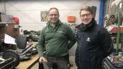 Joseph Everarts de Velp et Gaëtan Davreux dans l'atelier de la société installée à Sauvenière, près de Gembloux.