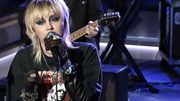 Plus vraie que nature, Miley Cyrus reprend Hole/Courtney Love