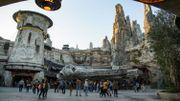 """Disneyland ouvre enfin au public son parc """"Star Wars"""""""