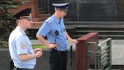 Des policiers veillent sur la place Rouge