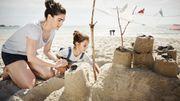 Une escapade à la mer? Construisez le château de sable parfait