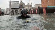 La place Saint-Marc sous les eaux.