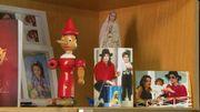 Sur les photos, Michael Jackson et Tamas (alors âgé de 4 et de 6 ans). Le Pinocchio est également un cadeau de l'époque.