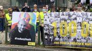 Le triste anniversaire de Ramy Shaath, militant des droits humains, célébré face à l'ambassade d'Egypte à Bruxelles